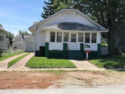 Clinton IL Single Family Home For Sale: $63,800