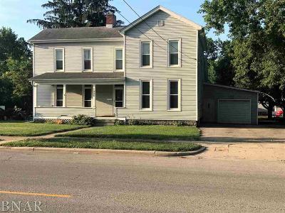 Clinton IL Single Family Home For Sale: $69,900