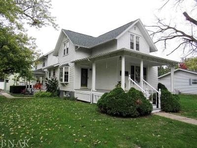 Wapella IL Single Family Home For Sale: $169,500