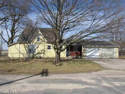 Wapella IL Single Family Home For Sale: $48,000