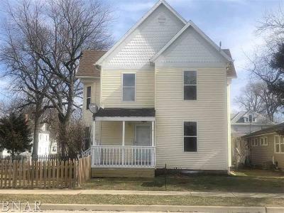Clinton IL Single Family Home For Sale: $99,900