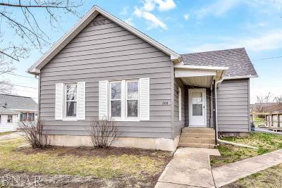 Mackinaw Single Family Home For Sale: 304 E Fast