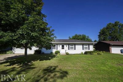 Lexington Single Family Home For Sale: 104 Hilton