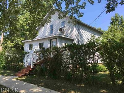 Single Family Home For Sale: 203 E Grove