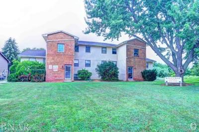 Normal Multi Family Home Contingent: 712 N Golfcrest Rd