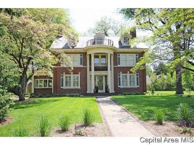 Springfield Single Family Home For Sale: 944 Williams Blvd