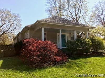 Auburn Single Family Home For Sale: 521 W Jackson