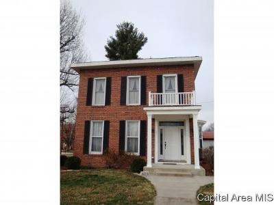 Carlinville Single Family Home For Sale: 404 E 2nd South Street