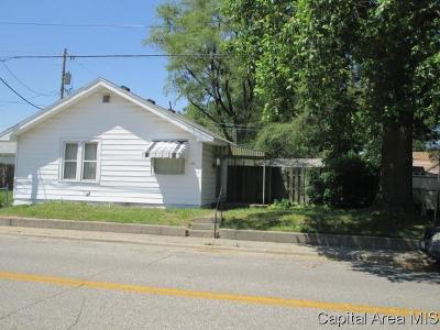 Springfield Single Family Home For Sale: 1075 E Oberlin Ave