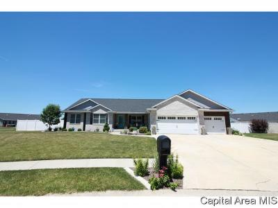 Sherman IL Single Family Home Pending Continue to Show: $349,900