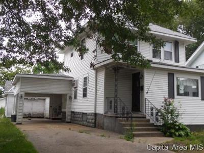 Carlinville Single Family Home For Sale: 920 N Charles St