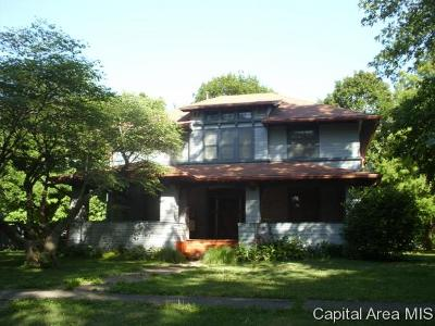 Virginia Single Family Home For Sale: 401 S Cass