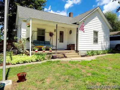 Riverton Single Family Home For Sale: 913 E Madison St