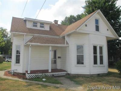 Winchester Single Family Home For Sale: 11 N Commercial St