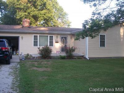 Virden Single Family Home For Sale: 210 Sunset Drive
