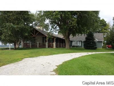 Rochester Single Family Home For Sale: 6811 Rentshler Rd