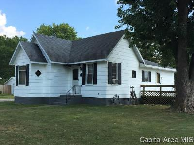 Jacksonville IL Single Family Home For Sale: $49,999