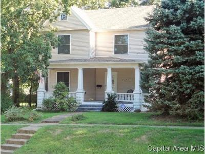 Rochester Single Family Home For Sale: 214 E Main