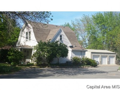 Carlinville Single Family Home For Sale: 511 S West Street