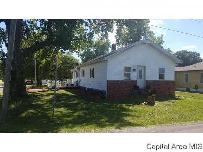 Virden Single Family Home Pending Continue to Show: 146 E Spruce St