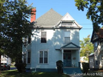 Jacksonville IL Multi Family Home For Sale: $58,500