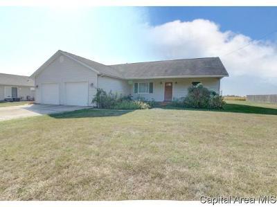 Virden Single Family Home For Sale: 622 W Dean St