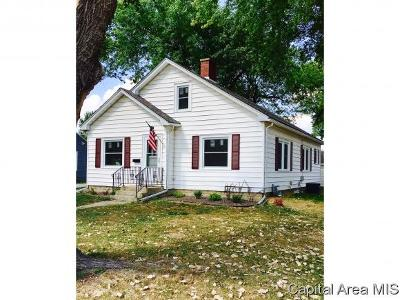 Rochester Single Family Home For Sale: 429 E Main St