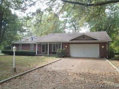 Springfield Single Family Home For Sale: 2 Pajim Ln