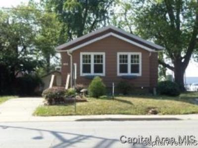 Springfield Single Family Home For Sale: 1104-06 E Stanford Ave.