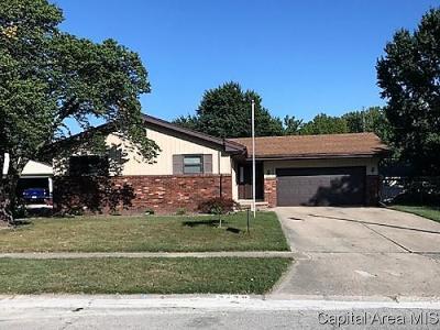 Springfield Single Family Home For Sale: 2428 Tamaroa Trl