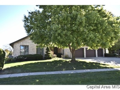 Springfield Single Family Home For Sale: 2516 Chicory Drive