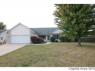 Sherman IL Single Family Home For Sale: $199,900