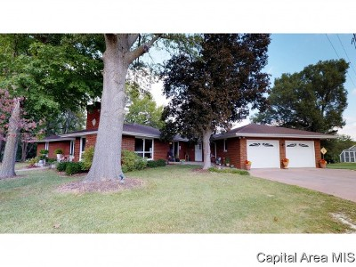 Petersburg Single Family Home For Sale: 297 N Shore Dr