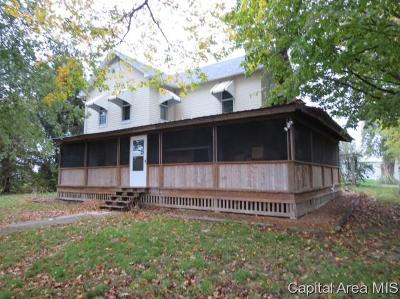 Rochester Single Family Home For Sale: 4758 Sturdy Rd