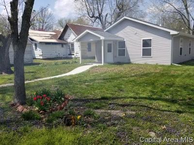 Virden Single Family Home For Sale: 136 E Lincoln Ave