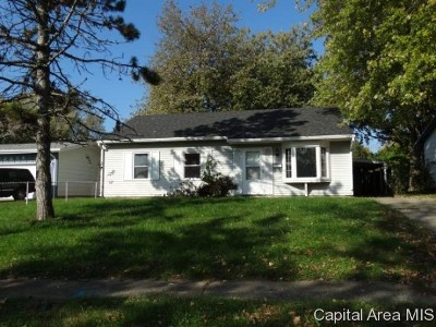 Springfield Single Family Home For Sale: 2241 Dunwich St