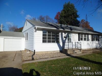 Springfield Single Family Home For Sale: 9 Meadowlark Ln