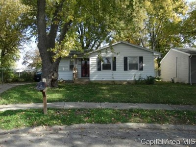 Springfield Single Family Home For Sale: 1844 Witchhazel