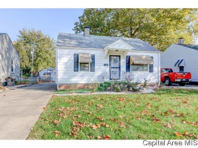 Single Family Home For Sale: 2520 S 4th
