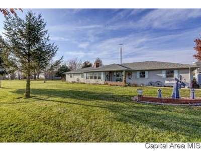 Virden Single Family Home Pending Continue to Show: 35369 E Frontage Rd