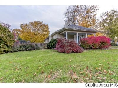 Auburn Single Family Home For Sale: 521 W Jackson St