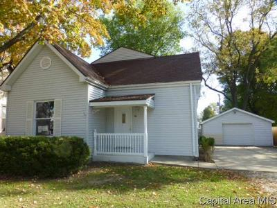 Rochester Single Family Home For Sale: 416 S Walnut Street