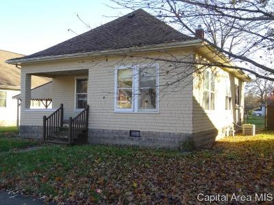 Pawnee Single Family Home For Sale: 812 Monroe