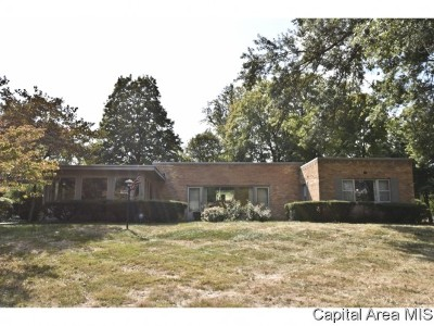 Springfield Single Family Home For Sale: 1660 W Laurel St