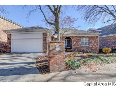 Springfield Single Family Home For Sale: 108 Timberridge Dr