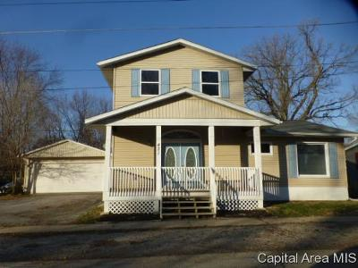 Riverton Single Family Home For Sale: 421 E Adams Street
