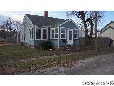 Petersburg Single Family Home For Sale: 222 E Jackson St