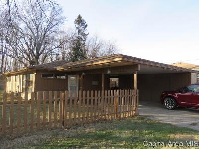 Springfield Single Family Home For Sale: 323 N Bruns Lane