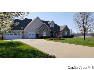 Carlinville Single Family Home For Sale: 18525 Garnet Road