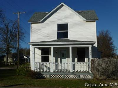Girard Single Family Home For Sale: 520 W Jefferson St